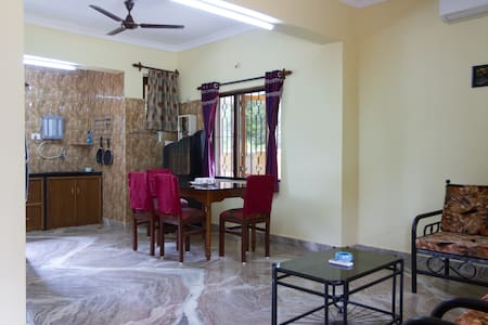 Beautiful 1 Bhk Available. - Lakás