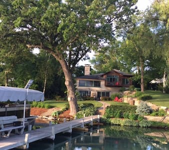 2017 US Open_Erin Hills Lake House Retreat - House