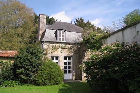Maison de charme ds bocage normand - Casa