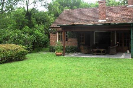 Hermosa Casa en Bella Vista! - House