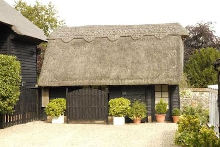 Croft Barn near Stansted and London - Bed & Breakfast