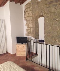 Romantico nido d'amore in Toscana - House