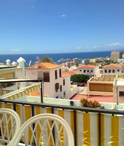 Sunny apartment. Los Cristianos - Appartement