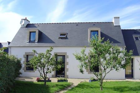 Maison dans un village de bord de mer - Penmarch - Hus