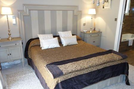 Chambres d'hôtes haut de gamme - Porto-Vecchio - Bed & Breakfast