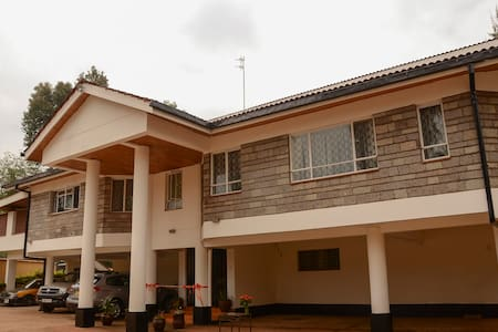 camellia guest house - Nairobi - Bed & Breakfast