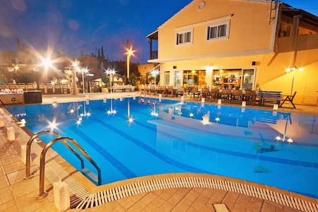 Dominoes Hotel Apartments Corfu - Appartement