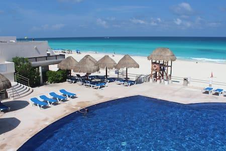 Master suite, private bathroom - Cancún - Condominium