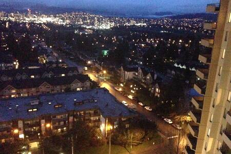 lovely and clean place just in kingsway - Burnaby - Wohnung