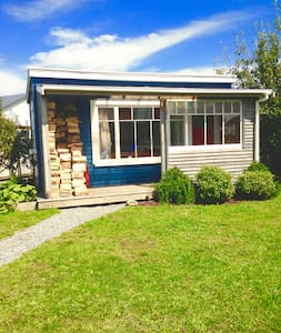 Little Blue House! Cozy sleep out! - Greymouth - Chalet