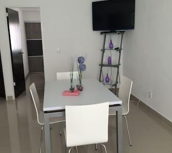 Renewed Apartment close2everything - Zapopan - Appartamento