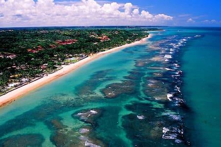 5 minutos da praia. Charmosa Arraial d'Ajuda Bahia - Hus