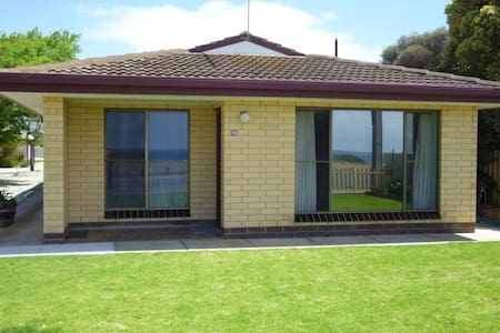 Anchors Away - 2 Bedroom Unit - Edithburgh