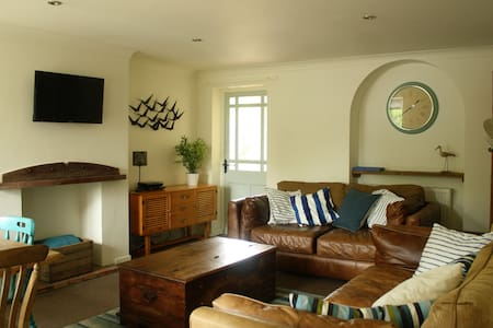 Mousetrap - seaside holiday cottage - Wells-next-the-Sea - Talo