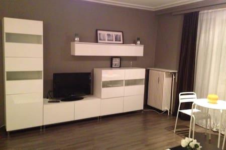 Luminious, Quiet & Cosy Appartment - Saint-Josse-ten-Noode - Loft