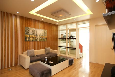 Nguyen Luong Bang - Cozy Flat +Balcony &Lake View - Hanoi
