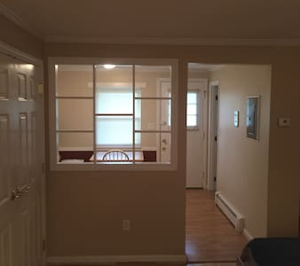 Quaint studio condo on 2nd floor w/ view of Pool - Andover - Condominium