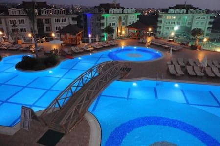 Modern apartment in Alanya Turkey - Huoneisto