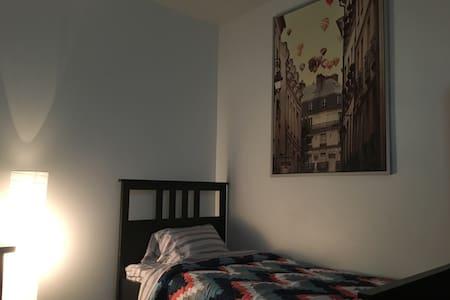 Super comfy micro-unit in DT Van! - Vancouver - Appartamento