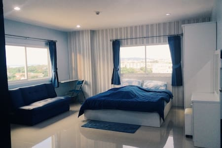 ChonBuri fully-furnished Apartment - Lyxvåning