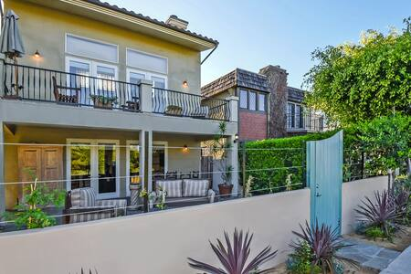 Venice Canals Retreat - Rumah