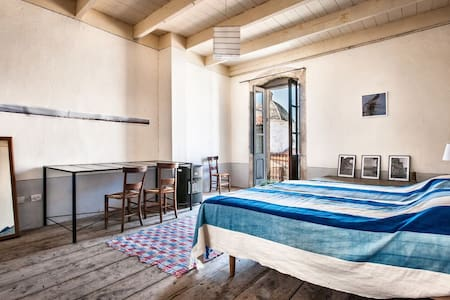 Sardaigne,côte ouest, maison de charme avec vue. - House