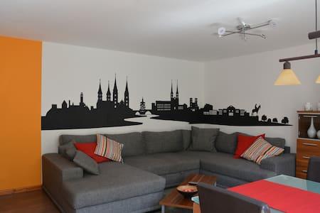 Fränkische Idylle im schönen Aurachtal - Lejlighed