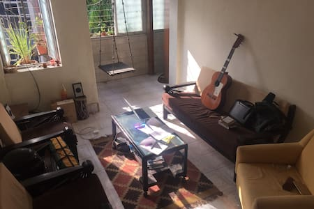 Private room in the heart of Bandra West - Mumbai - Apartment