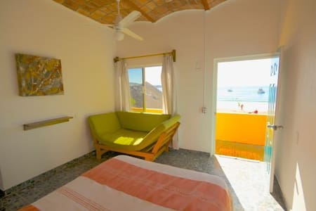 beach rental room  Cusi Cielo - Penzion (B&B)