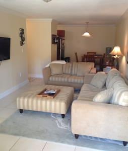 Bayshore Blvd.- South Tampa - Tampa - Apartment