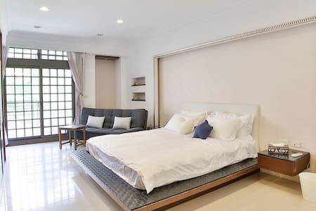 豆子旅宿 3F 超大豪華無敵景觀房Invincible deluxe view room - House