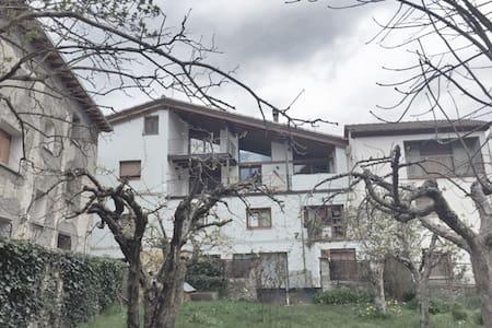 Casa Txep Vilaller. PETFRIENDLY apartment - Vilaller