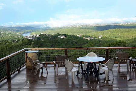 Secluded Scenic Hill Country suite. - Austin - House
