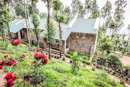 Stone House in Munnar - Pensione