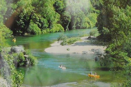 Gorge du Tarn, canoé, randonnée, nature - Haus