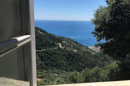 DB room with breathtaking view. Parking+breakfast - Monterosso al Mare - Other