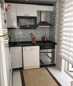 Antalya City Centre Cosy Flat - Apartment