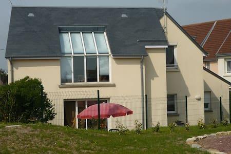 """belle villa"""" vue  panoramique sur la mer"""" - Saint-Germain-sur-Ay"""