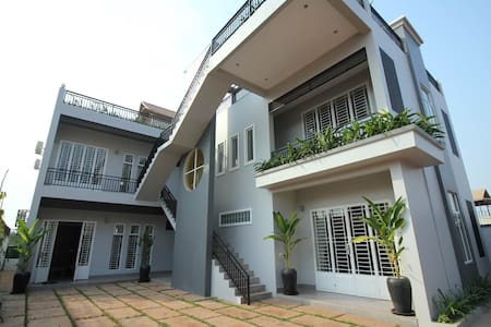 Top Wifi! SuperClean! New! Central! - Krong Siem Reap - Apartment