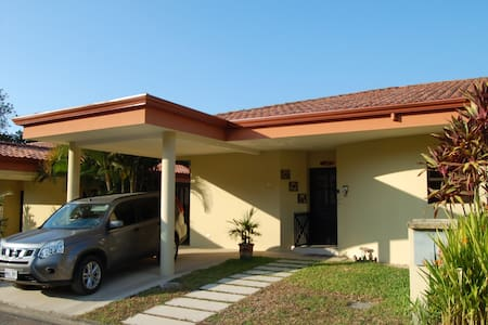 Tropical Costa Rican 2 bed Condo - Jaco