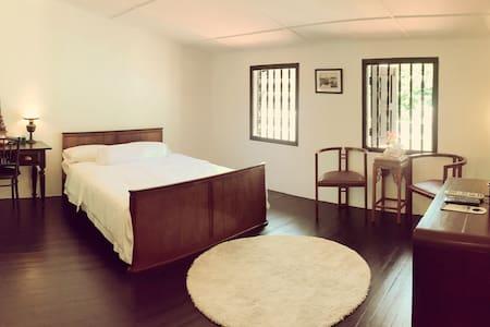 舒适双人房带独立卫生间-5分钟到鸡场街 - Melaka