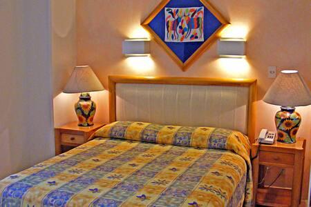 Suite 421- Residencia Arquímedes 33 - Apartament