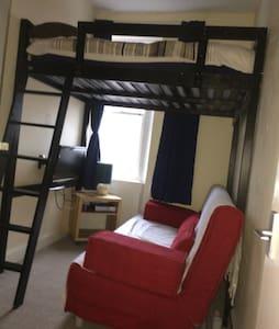 Double Room plus Sofabed - Edinburgh