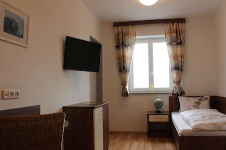 Einzelzimmer Langs Wirtshaus - Pehersdorf - Bed & Breakfast