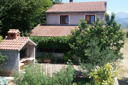House in beatufile village Turjaci - Sinj