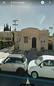 Charming Hollywood Home - Los Angeles - House
