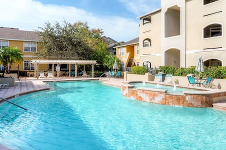 Inviting 1BR Clearwater Condo - Clearwater - Condominium