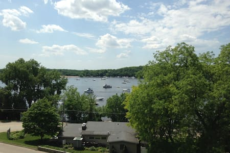 Room with a View, St Croix River - 普雷斯科特 - 连栋住宅