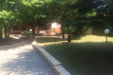 villa cassano murge foresta mercadante feste - Villa