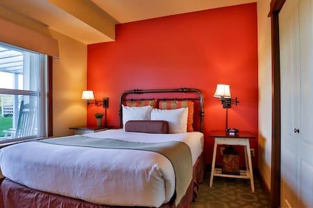 Lovely 2BR Suite - Homestead Resort - Lakás